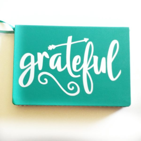 Grateful vinyl sticker for your Bullet Journal or Gratitude Journal!